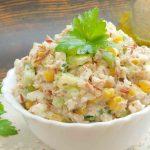 Картофена салата с майонеза и царевица