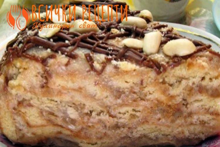 Бисквитена торта с ябълки, сметана и шоколад