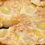 Сладкиш с ябълки без яйца