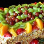 Плодова торта с готови блатове