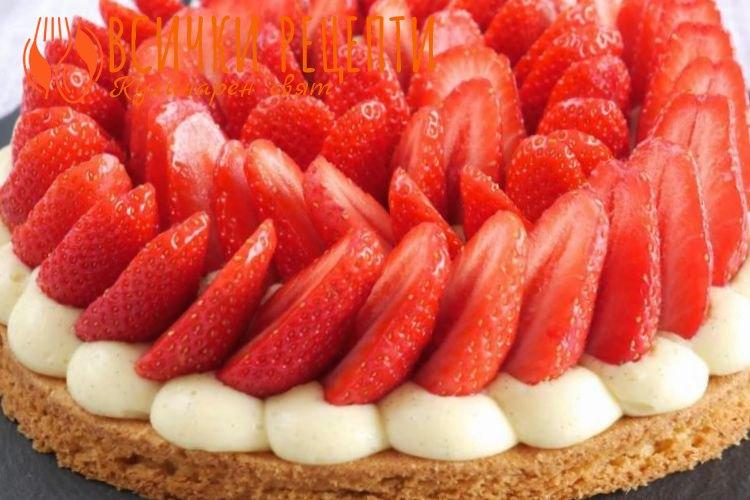 Плодова торта с ягоди