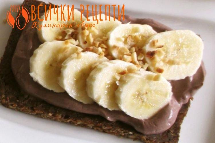Сладкиш с банани без печене
