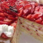 Торта Рафаело с ягоди