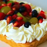 Вкусна плодова торта