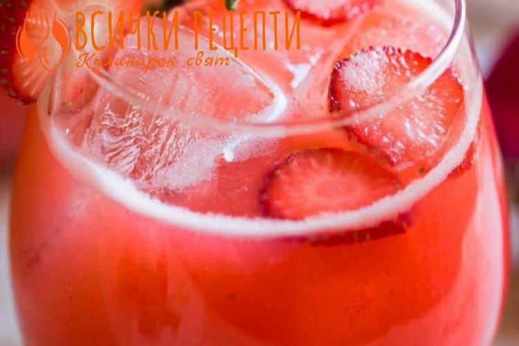 Домашна лимонада с ягоди