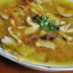 Гъбена супа от сушени манатарки