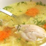 Пилешка супа без фиде